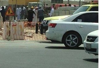 صورة سيهات: سقوط عامل في خزان
