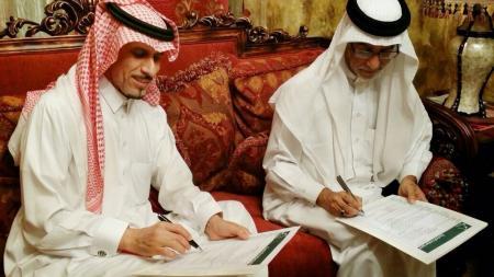 Photo of ابرام عقد شراكة بين «خليج سيهات الإعلامية» و«سيهات كياني»