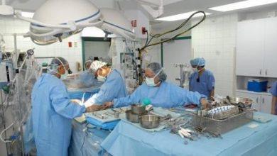 صورة بعد قطعه بالكامل في حادث سيارة: مستشفى سعودي ينقذ ذراع مواطنة من البتر