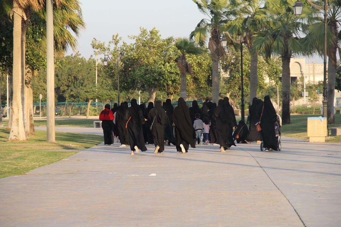 صورة نداء: الخويلديات يطالبن بممشى آمن