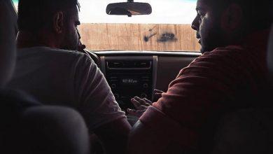 """صورة في فيلم إنتاجي.. سيارة تضع """"صقر"""" في مرمى الخطر والتهمة الجنائية"""