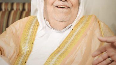 صورة «آل حمود» رجل المهمات الصعبة أوصل رسائل حبّه بمقعدٍ وأنبوبة