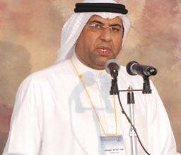 صورة وزير الإسكان يكرّم عبد الواحد اليوسف
